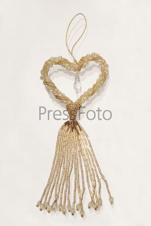 Елочное украшение из бисера с хрустальной каплей