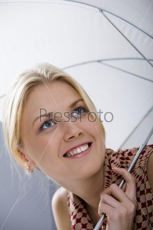 Портрет девушки с зонтом
