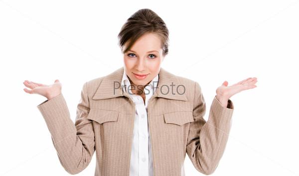 Бизнес леди показывает сомнение пожимая плечами