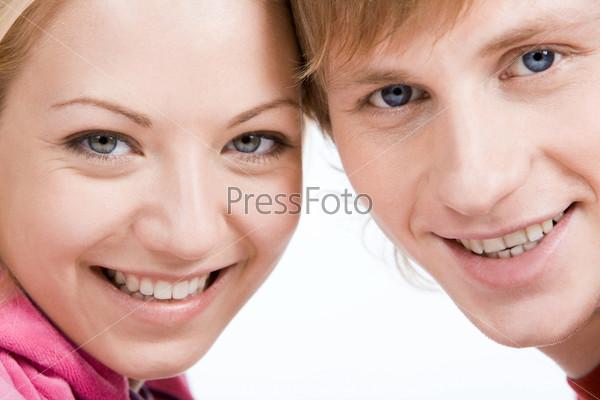 Счастливая пара крупным планом