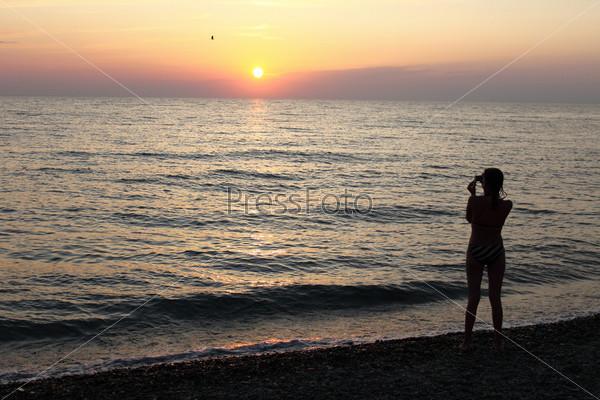 Фото девушек на фоне моря фото 227-857