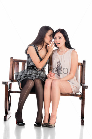фото девушки сидят