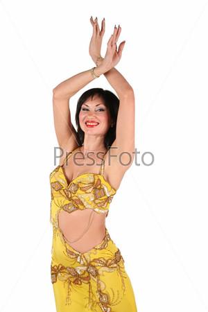 Девушка в желтом , танцевальном костюме, на белом фоне