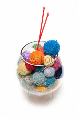 Ball for knitting in glass