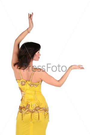 Исполнительница танца живота, одетая в египетском стиле