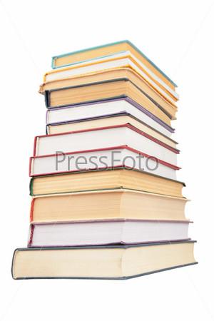 Большая стопка книг