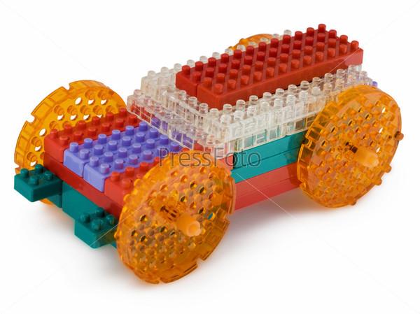 Машинка сделанная ребенком из детского конструктора