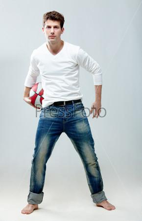 Картинки парни в джинсах фото 405-510