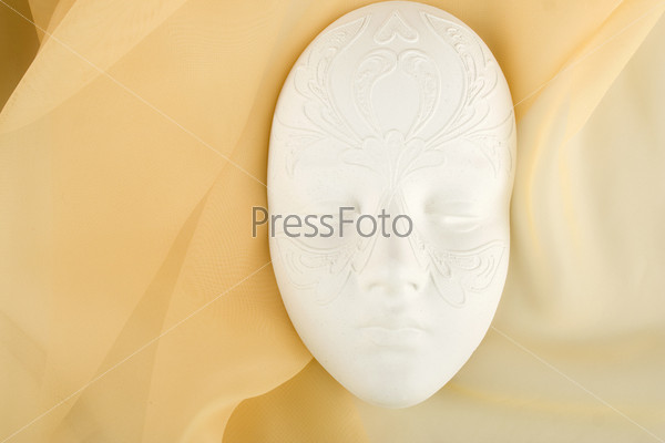 Картинки гипсовая маска с витамином