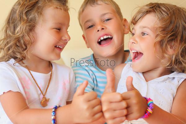 Красивые смеющихся детей 57