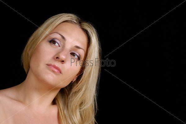 Блондинки голые на темном фоне, секс минет с проглотом спермой