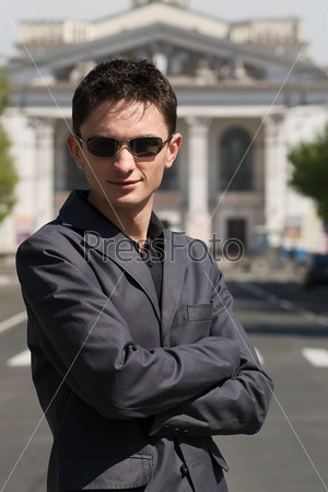 Парни в солнечных очках фото 429-951