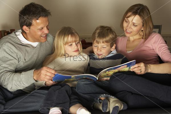 картинки для детей. дети читают книги