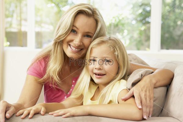 фото мама с дочкой трахаються