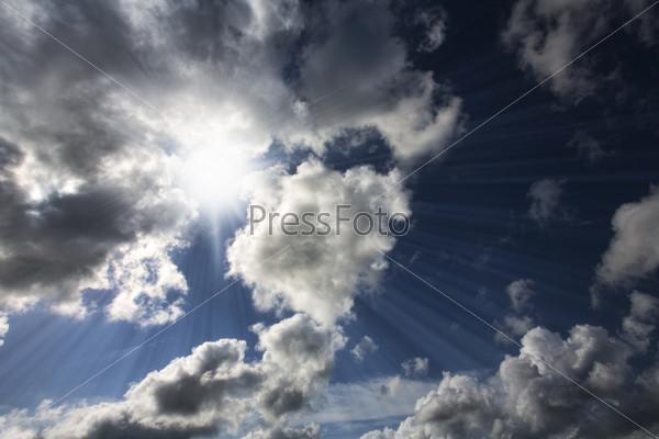 Грозовые тучи на небе