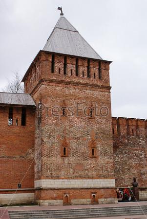 Смоленск. Смоленская крепость. Башня Донец