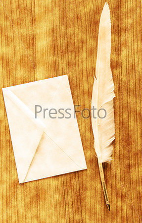 Writing feather and envelope - Vintage