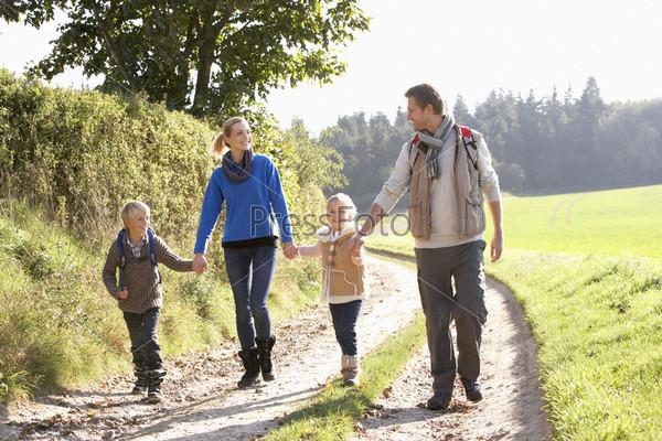 где погулять на чистом воздухе с ребенком легкое