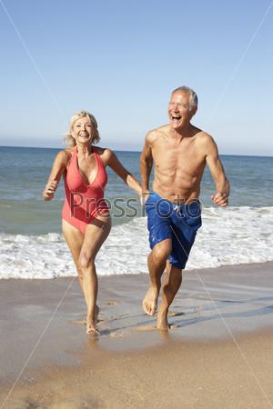 Фото семейной пары на пляже фото 383-549