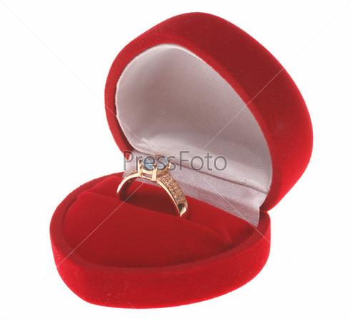 золотое кольцо фото в коробочке