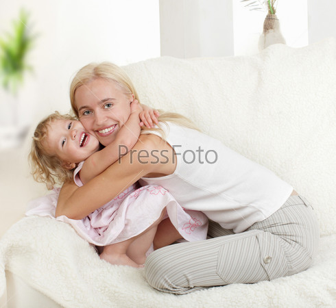 сначала с мамой потом с дочкой