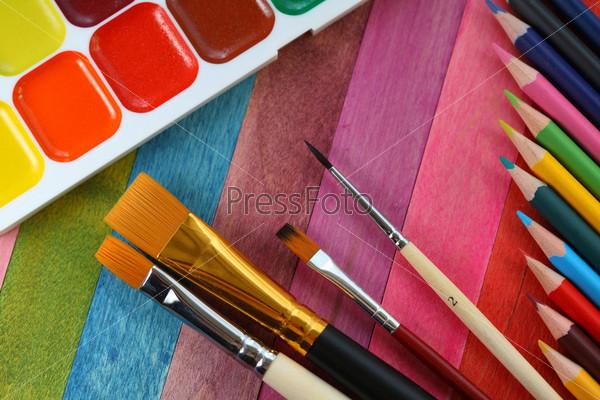 кисти краски картинки