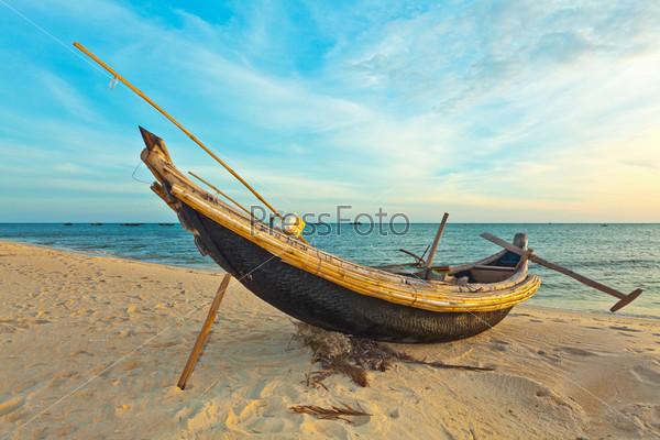 где найти старые лодки