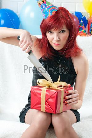Девушка подарок