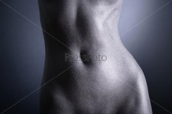 обноженное женское тело фото