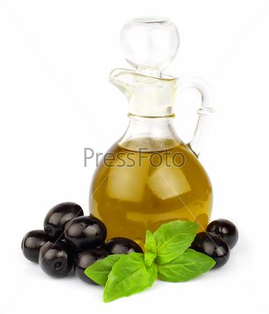 Базилик, оливки и оливковое масло