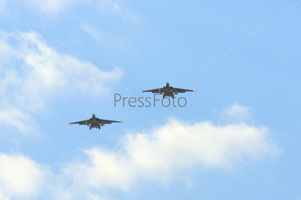 Фотография на тему Су-25, одноместные, двухдвигательные реактивные самолеты