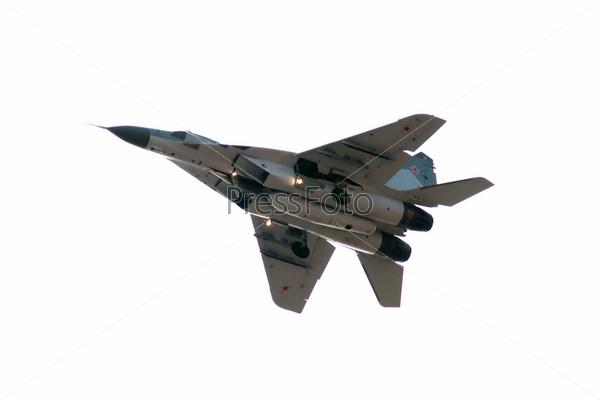 МиГ-29 - реактивный истребитель четвертого поколения
