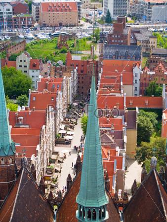 Фотография на тему Готические здания в старом городе Гданьска, Польша