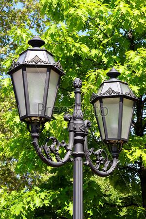 Старый фонарь в старом городе Одессы, Украина