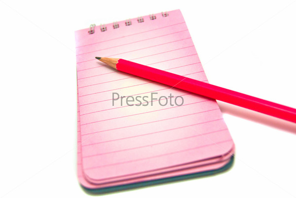Фотография на тему Блокнот и карандаш на белом фоне