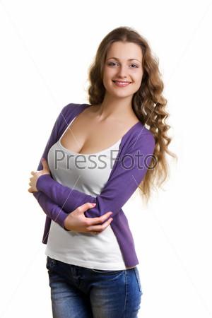 Фотография на тему Счастливая красивая девушка в белой майке и фиолетовом кардигане