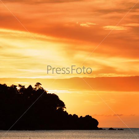 Закат над Андаманским морем, Кох Либонг, Таиланд