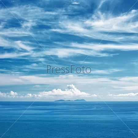 Фотография на тему Солнечный берег и острова на горизонте, Таиланд