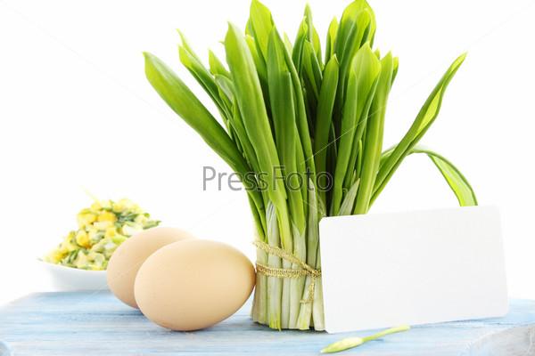 Букет из свежих черемши и яйца