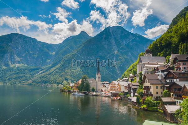 Альпийский городок Гальштат и озеро Хальстаттер, Австрия