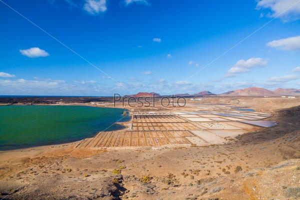 Панорамный вид Салинас де Ханубио, Лансароте, Канарские острова, Испания