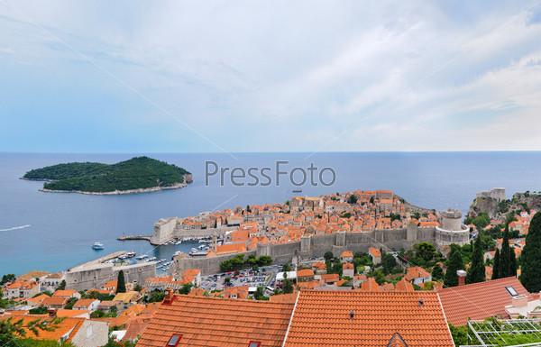 Панорама Старого города Дубровника в Хорватии