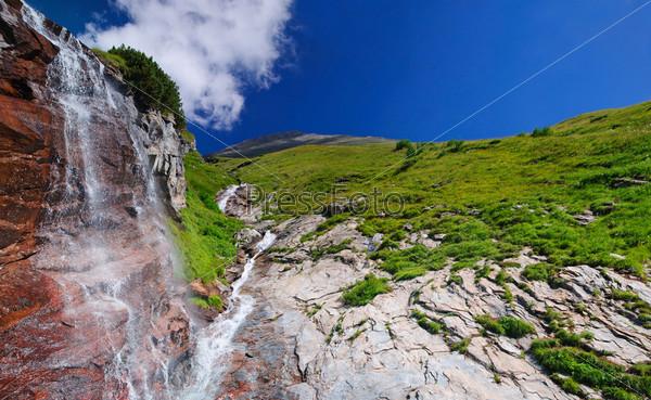 Фотография на тему Альпийский водопад