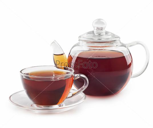 Фотография на тему Чай в чашке и чайнике, изолированный на белом фоне