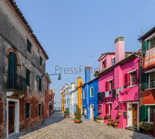 Фотография на тему Красочные дома в Бурано. Венеция. Италия