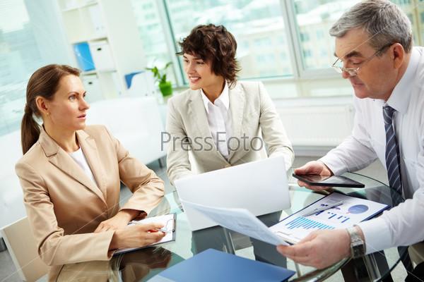 Обсуждение деловых вопросов