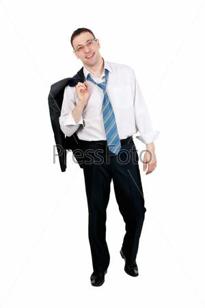 Предприниматель с пиджаком через плечо, изолированный на белом фоне