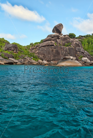 Море и скалы, Симиланские острова