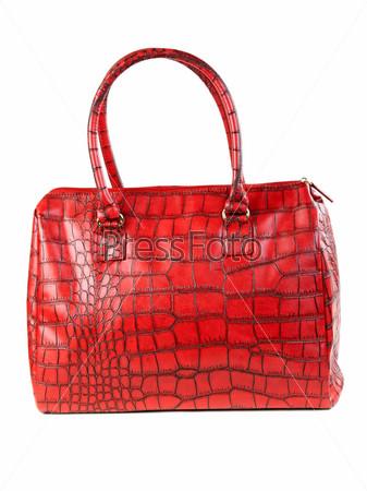 Красная сумка на белом фоне