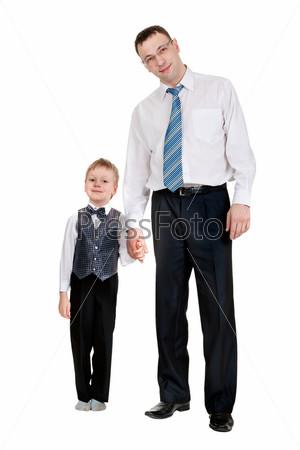 Счастливый отец с сыном